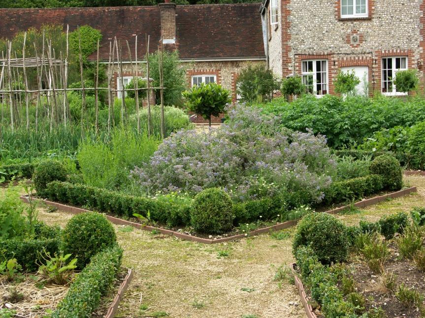 Herb Garden Design – PeriodGardens.