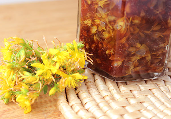 Meta-analysis Finds Standardized St. John's Wort Extracts as Effective as Conventional Antidepressants