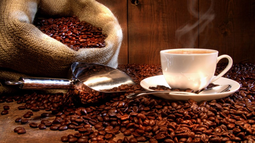 Umbrella Review on the Health Benefits of CoffeeConsumption